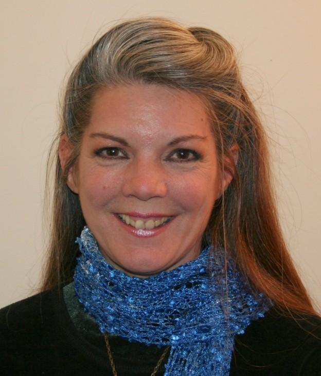 Annette-Jones_Headshot